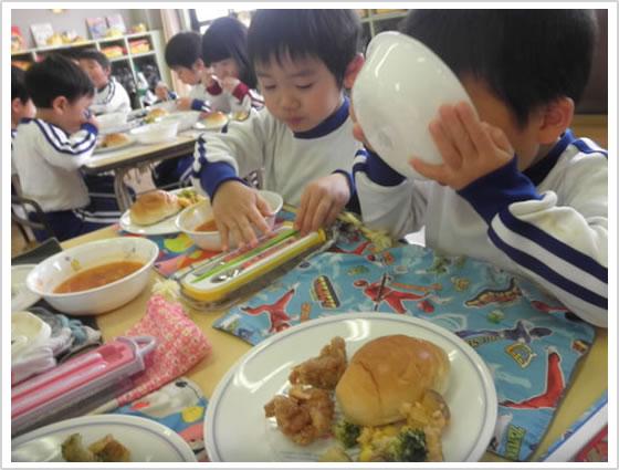 12:00昼食